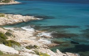 Lopen langs azuurblauw: Sentier du Littoral