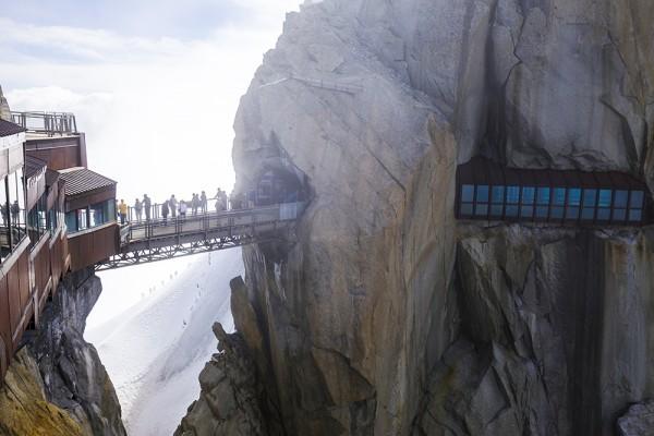 Naar grote hoogte nabij de Mont Blanc met de Aiguille du Midi