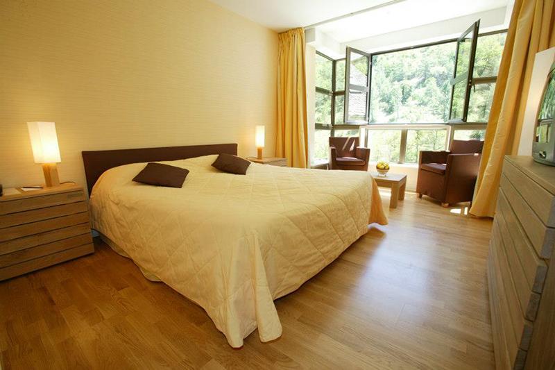 grand-hotel-la-muse-et-du-rozier-006